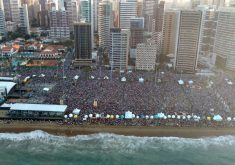 O evento reuniu milhares de pessoas (FOTO: Dorian Girão/TV Jangadeiro)