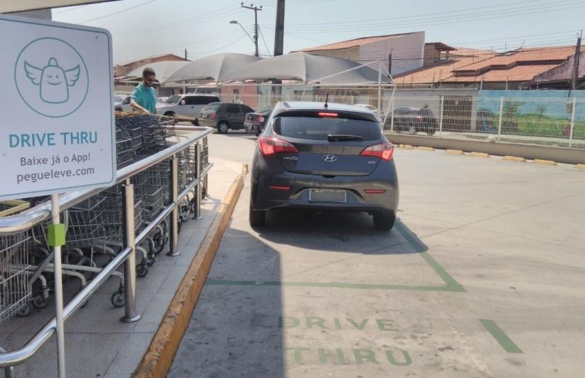 Aplicativo gratuito oferece drive thru de supermercado em Fortaleza