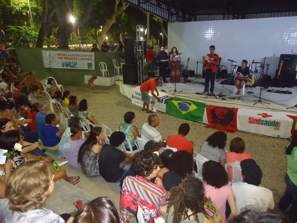 Comunidades fazem homenagem para se despedirdos médicos cubanos