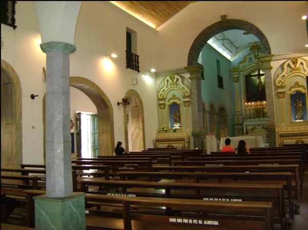 Antes da existência de cemitérios em Fortaleza, corpos eram enterrados em igrejas
