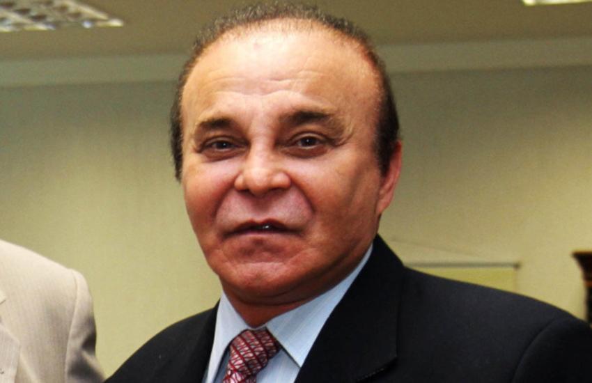 Motorista do deputado Anibal Gomes agride homem que protestava contra políticos no aeroporto