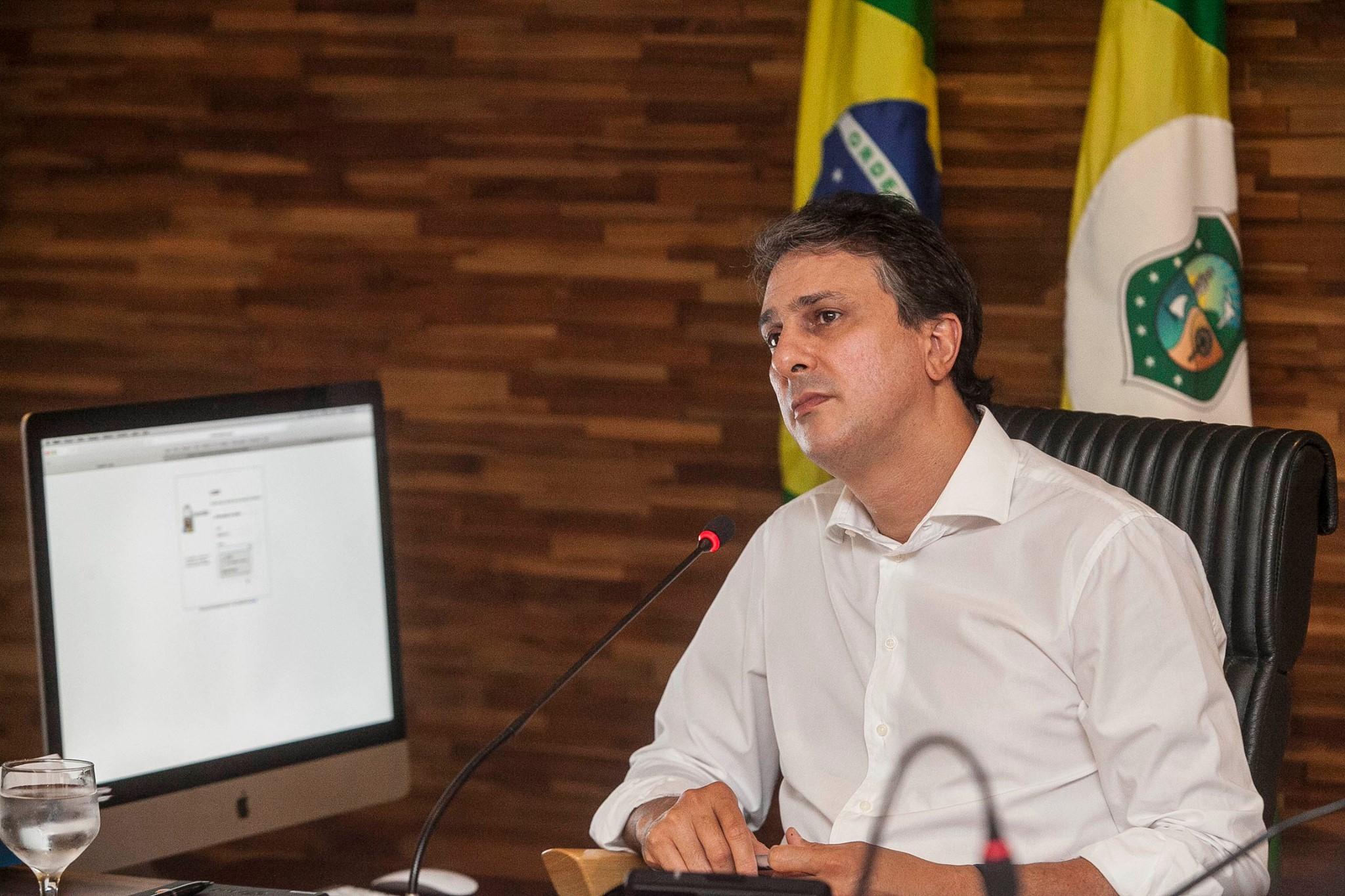 Camilo Santana não descarta deixar PT e elenca insatisfações com o partido