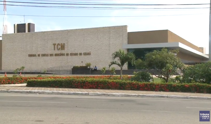 Lei que extingue TCM no Ceará é suspensa por presidente do STF