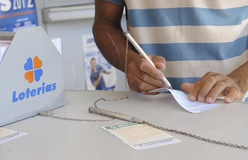 Aposta feita em lotérica da Maraponga foi uma das vencedoras da Mega Sena da Virada