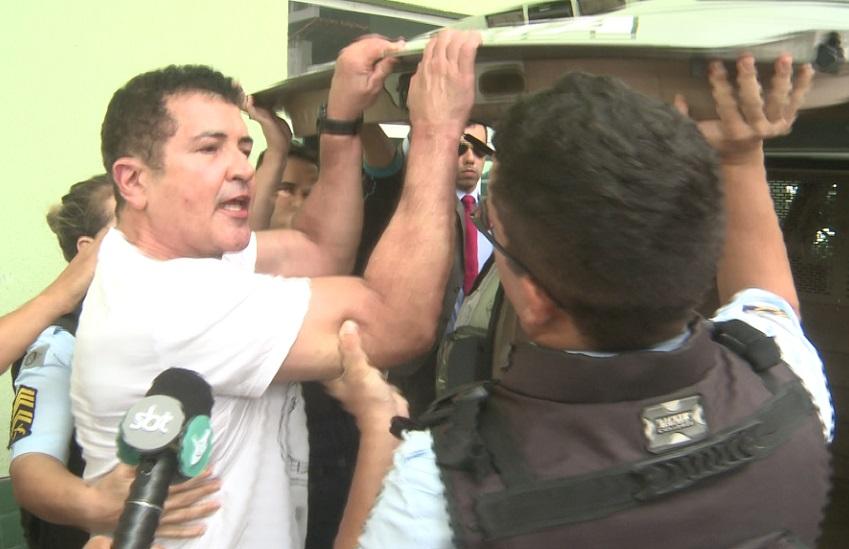 Crime de desacato cometido por Beto Barbosa tem pena de até dois anos de prisão