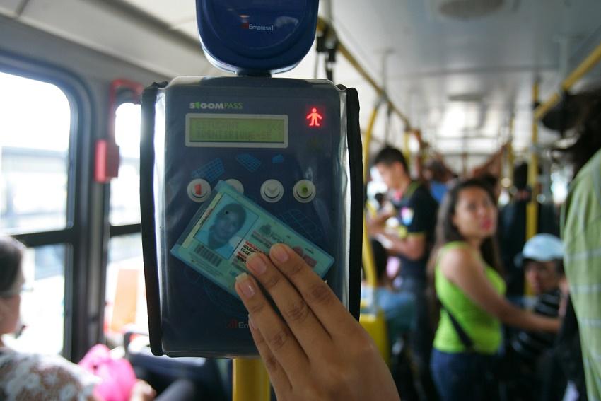 Projeto quer meia-passagem para servidores públicos com renda de até 2 salários mínimos