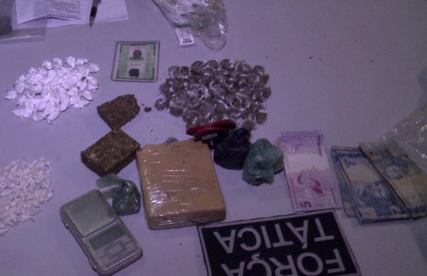 """""""Vovô do Tráfico"""" é preso com cocaína, crack e maconha à venda em seu mercadinho"""