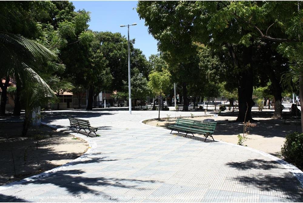 Cenário tranquilo do Bairro Benfica dá lugar a multiplicação de muros altos e cercas elétricas
