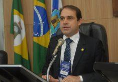 Salmito Filho assume segundo mandato consecutivo como presidente. (Foto: CMFor)