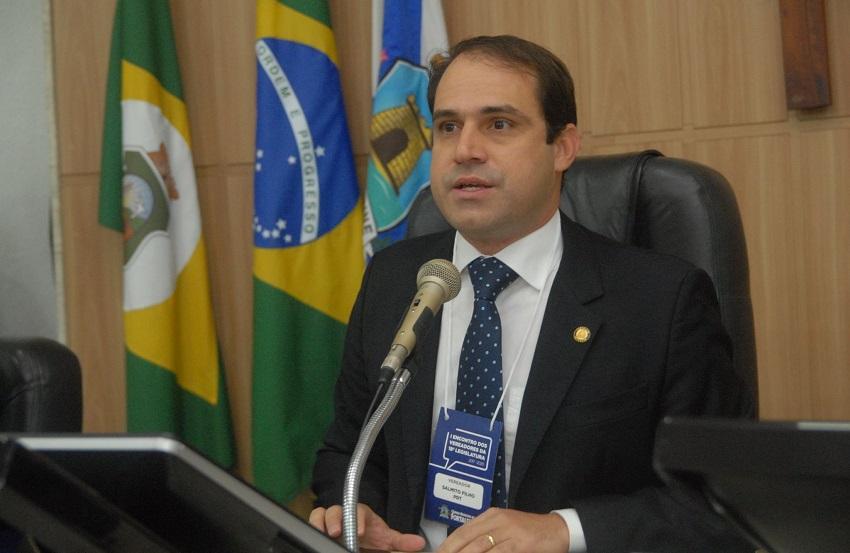 Salmito Filho é reconduzido ao cargo de presidente da Câmara Municipal de Fortaleza
