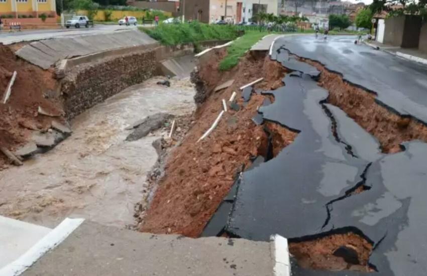 Maior chuva do ano no Cariri causa estragos em diferentes cidades