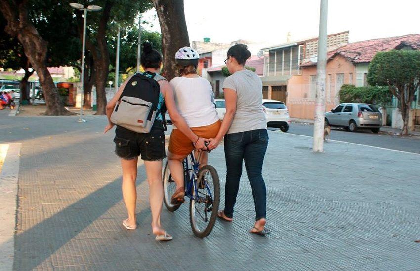 Pedalzinho das Mina encoraja mulheres a usar a bike como transporte e empoderamento