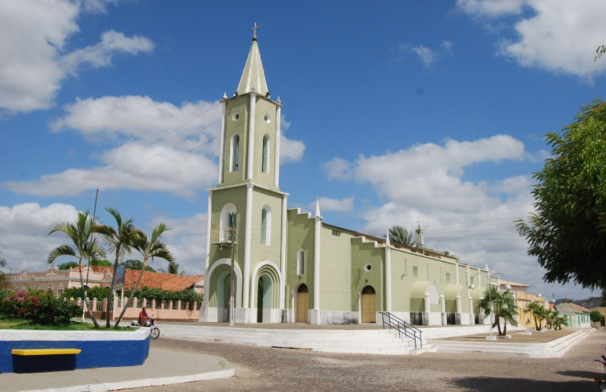 Igreja cearense de 237 anos reúne histórias de milagres alcançados por fiéis
