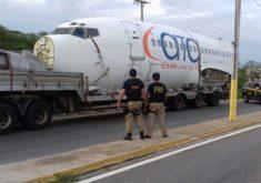 A carreta e a aeronave foram apreendidas na última terça-feira (FOTO: Divulgação/PRF)