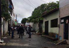 Crime aconteceu no início da manhã deste domingo. (Foto: Pâmela Marinho / TV Jangadeiro)
