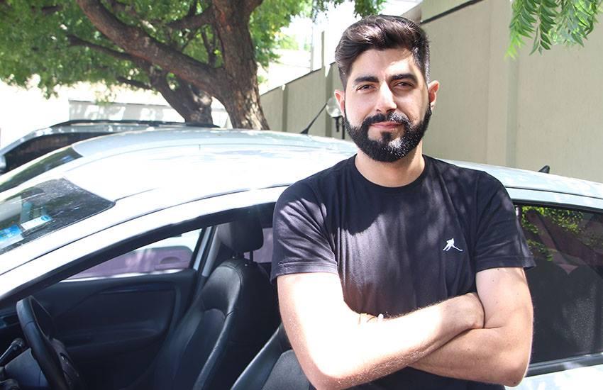 Em busca de qualidade de vida, ex-cantor do Mastruz com Leite vira motorista da Uber