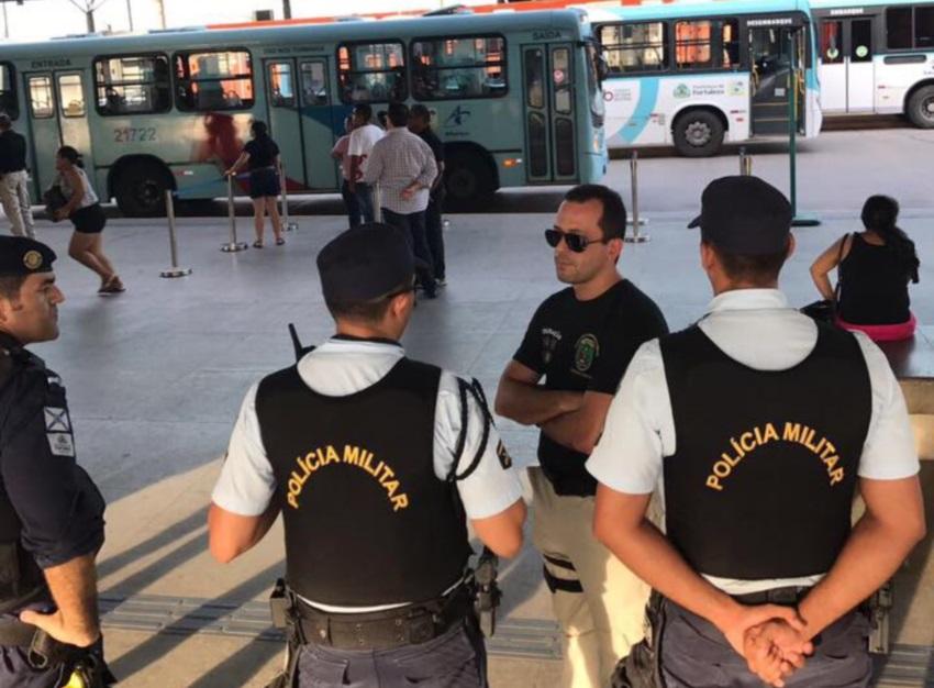 """Secretário explica 'sumiço' durante caos em Fortaleza: """"Primeiro trabalho, depois postagens"""""""