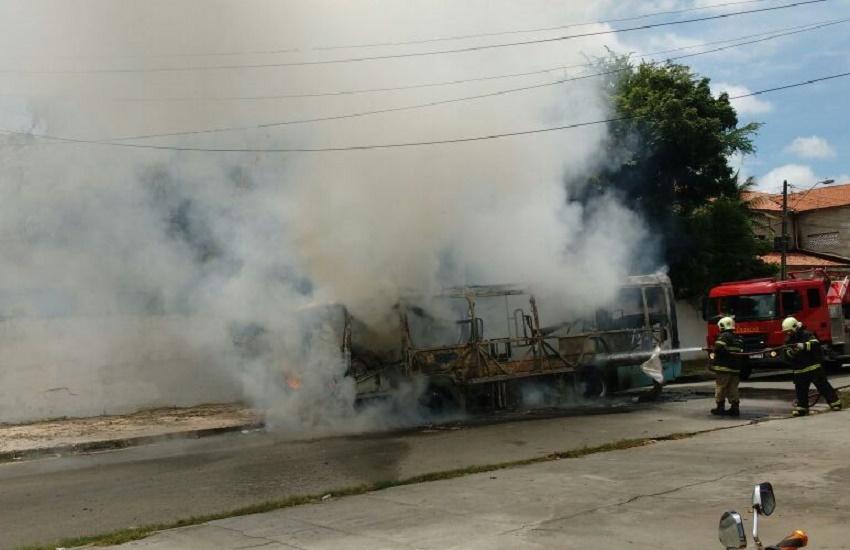 Fortaleza tem novos ataques a ônibus nesta quinta; Já são 21 em somente 24h