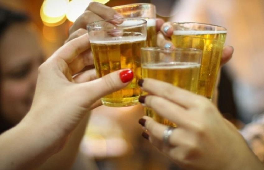 Postos de combustíveis descumprem lei que proíbe consumo de bebidas alcoólicas