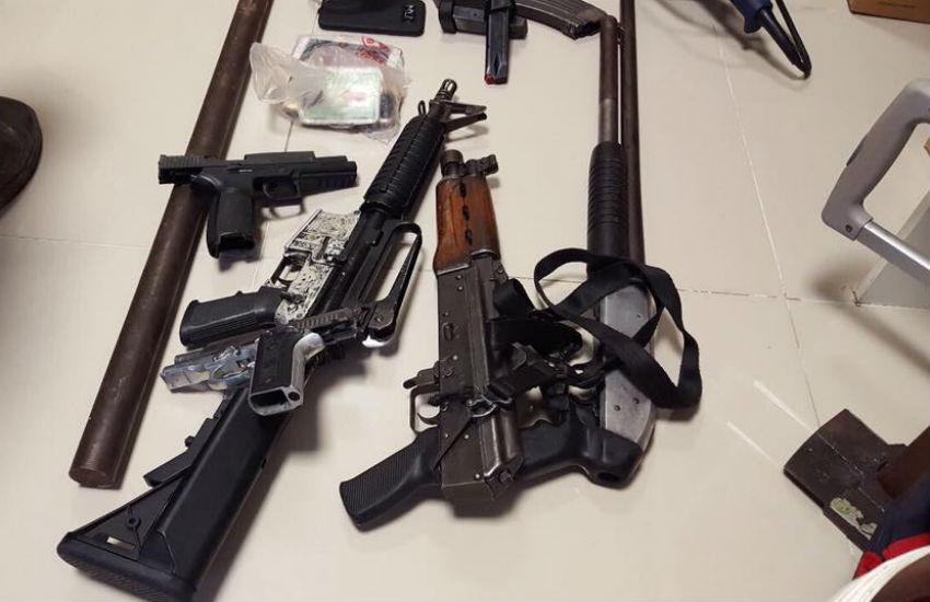Armas pesadas foram apreendidas (FOTO: Divulgação)