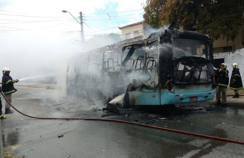 Polícia investiga se depósitos clandestinos venderam combustíveis usados em ataques a ônibus