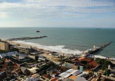 Apenas 3 prais de Fortaleza estão próprias para banho (FOTO: Fernanda Moura/ Tribuna do Ceará)