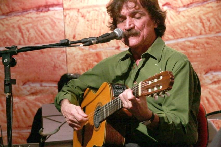 Escute 6 sucessos que marcaram trajetória do compositor e cantor Belchior