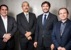 Deputado Cabo Sabino, mediador Nonato Albuquerque, vereador Guilherme Sampaio e deputado Carlos Matos. (Foto: Tribuna do Ceará)