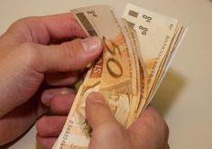O salário é a quarta preocupação dos jovens na hora de aceitar um emprego (FOTO: Arquivo)
