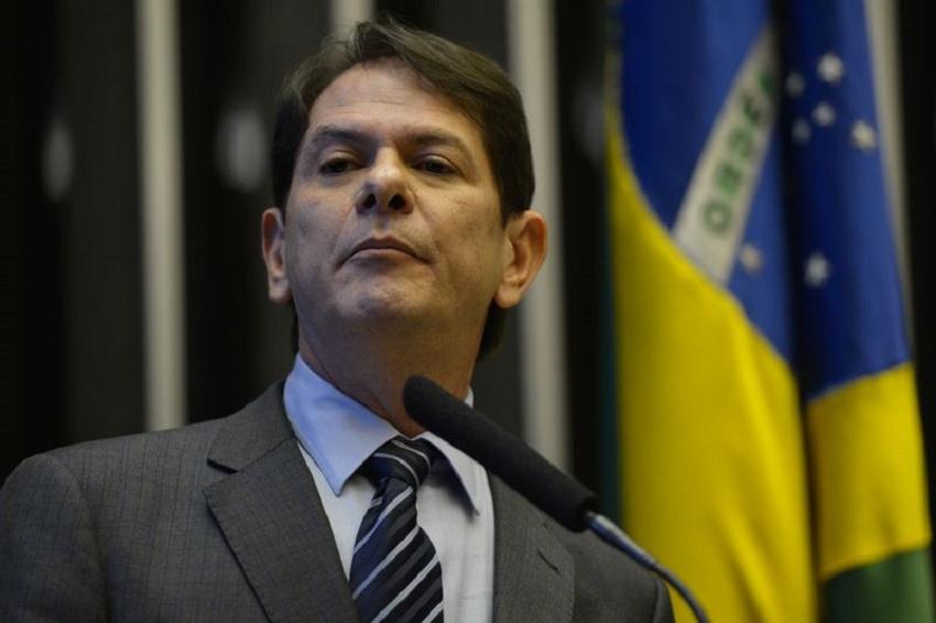 "Cid Gomes processará delator após ser acusado de pedir propina: ""nego pela minha índole"""