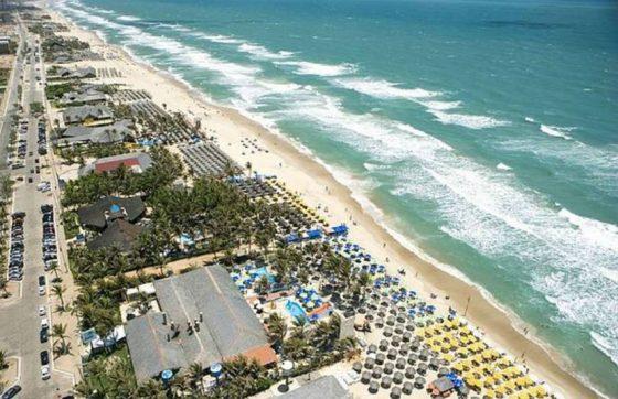 Praia do Futuro é um dos principais pontos turísticos de Fortaleza (FOTO: Divulgação)