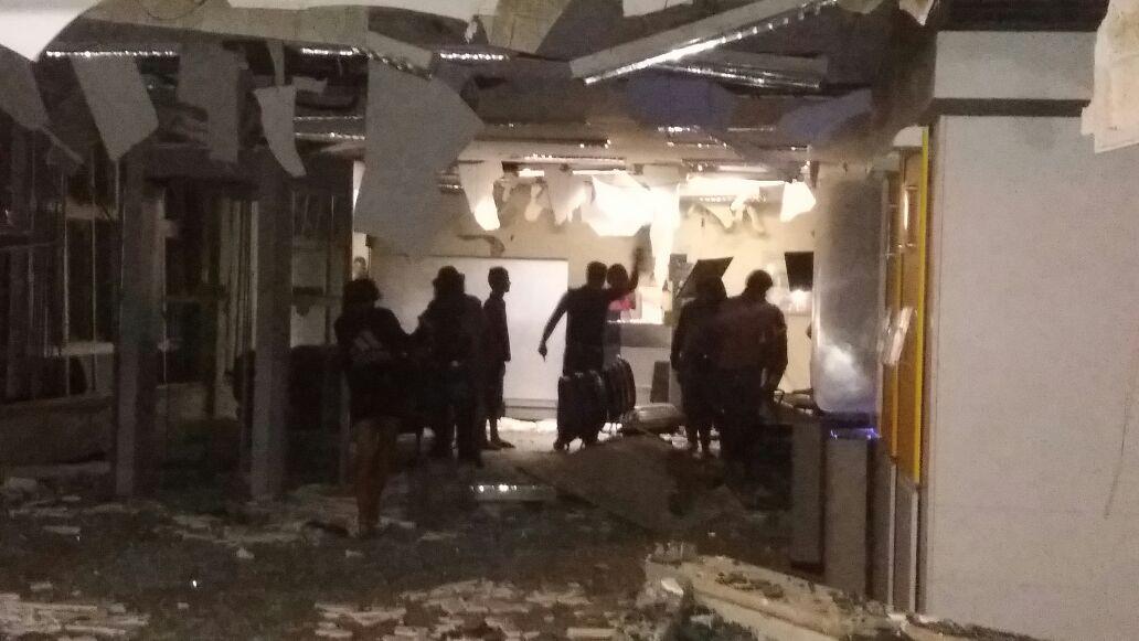 Bandidos invadem a cidade de Assaré e explodem agência do Banco do Brasil