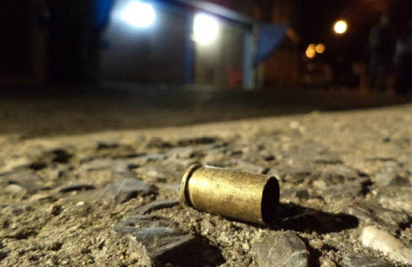 Mãe de policial é morta em assalto em parada de ônibus em Fortaleza