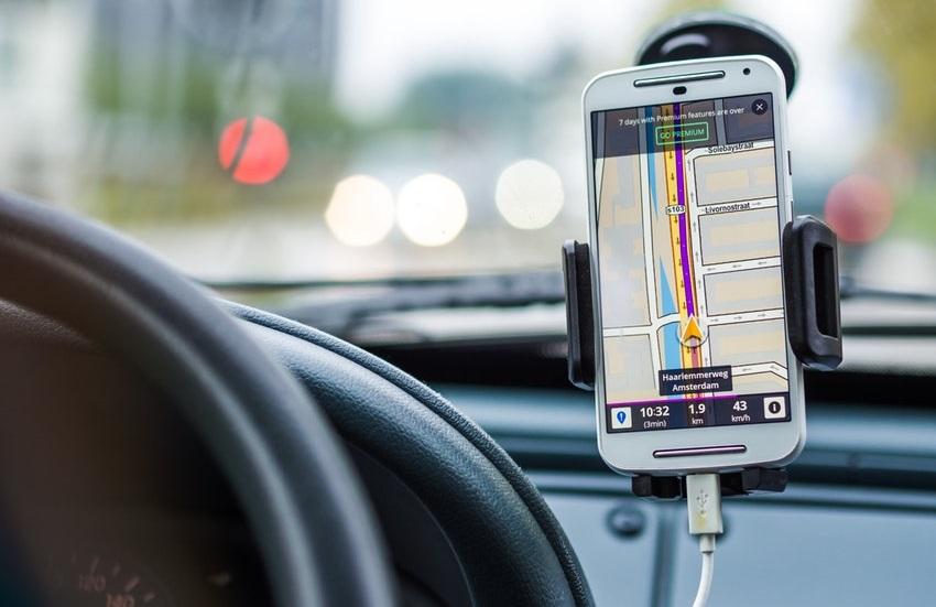 """100% cearense, aplicativo Servos ganha terreno como """"Uber da periferia"""" em Fortaleza"""