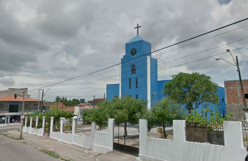Fiéis de igreja de Fortaleza se dizem surpresos com denúncia de assédio sexual de padre a garoto