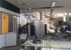 A agência foi destruída durante a ação (FOTO: Divulgação)