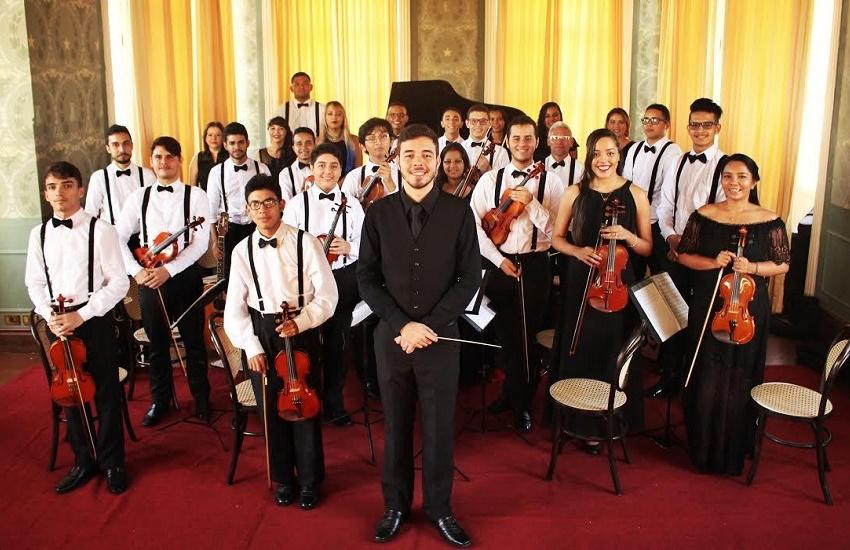 """""""Falta cultura de ensino da música no Brasil"""", avalia cearense que estudou na França"""