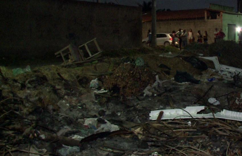 Corpo decapitado é achado em terreno baldio em Fortaleza