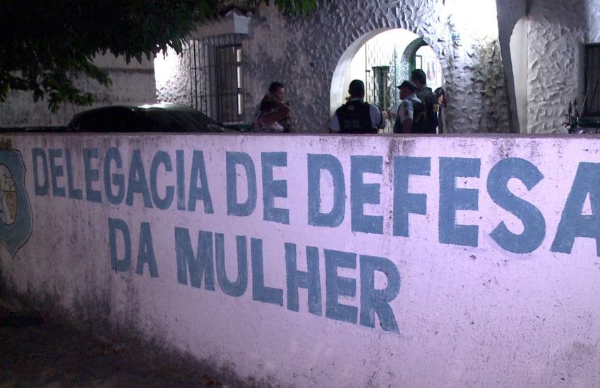 """Mulheres """"alugam"""" filhos por R$ 30 por dia para pedintes da Av. Beira Mar"""