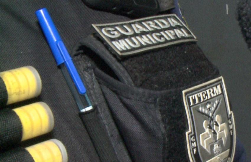 Guarda prende motociclista por tentativa de suborno; Jovem acusa agente de indução ao crime