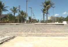 O assalto aconteceu no calçadão da Praia do Futuro (FOTO: Reprodução/TV Jangadeiro)