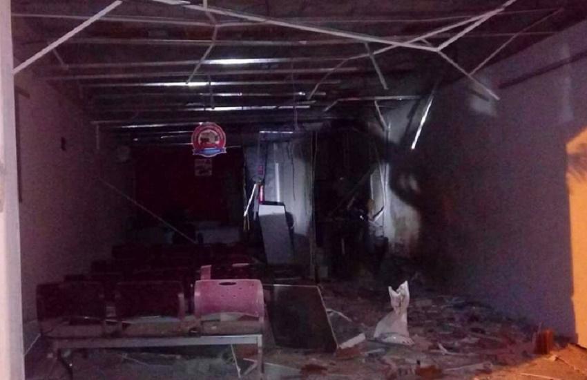 Bandidos explodem agência bancária de Barreira, mas cofre fica intacto