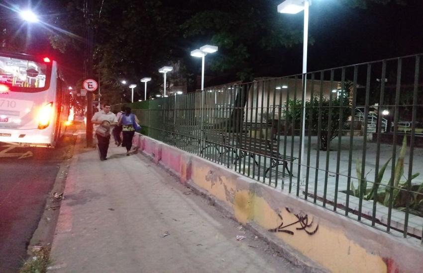 Grades vão substituir muros com grafite em blocos da UFC no Campus do Benfica