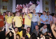 Ciro Gomes foi figura presente na campanha de Roberto Cláudio em 2016. Foto: Reprodução/Facebook
