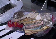Dinheiro do tráfico foi apreendido (FOTO: Reprodução/TV Jangadeiro)