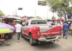 O homem foi assassinado na feira (FOTO: Reprodução/TV Jangadeiro)