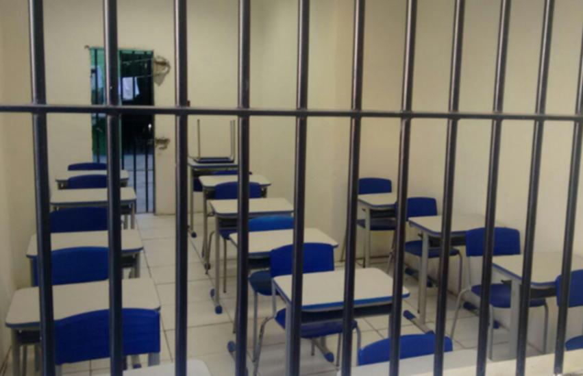 Presos de cadeia pública de Guaraciaba do Norte podem ter pena reduzida por meio da leitura