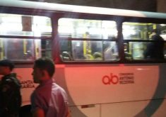 O ataque aconteceu na noite da segunda-feira (16) (FOTO: Reprodução/Whatsapp)