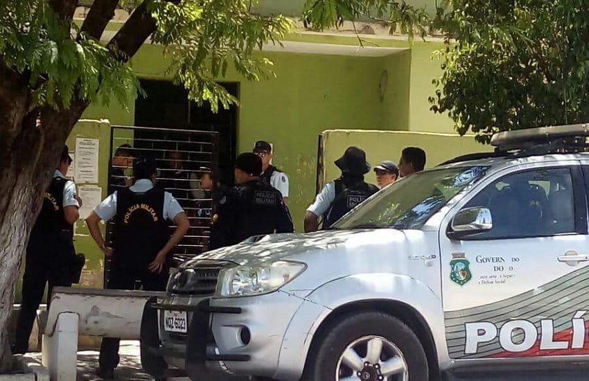 Menino de 11 anos arromba posto de saúde, esquece mochila e acaba identificado pela Polícia
