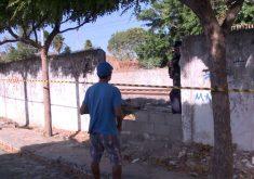 O homem foi morto ao lado da linha férrea (FOTO: Reprodução/TV Jangadeiro)